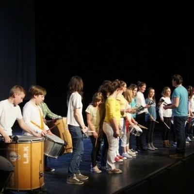Découverte de la danse et des percussions - Eveil musical